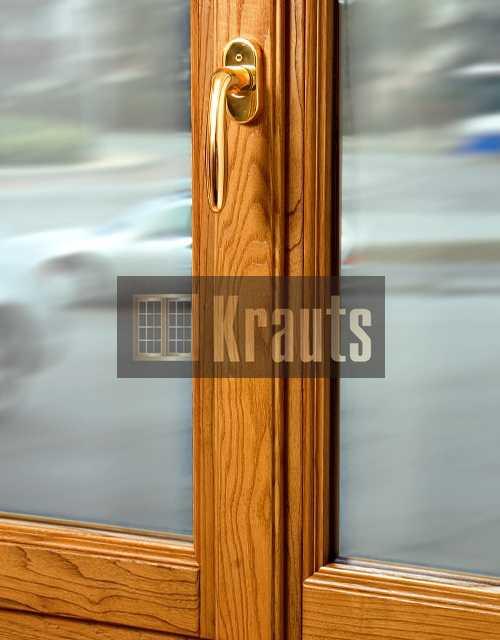 Дубовые окна.  Москва
