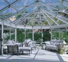 Крыша из алюминиевого окна в зимнем саду